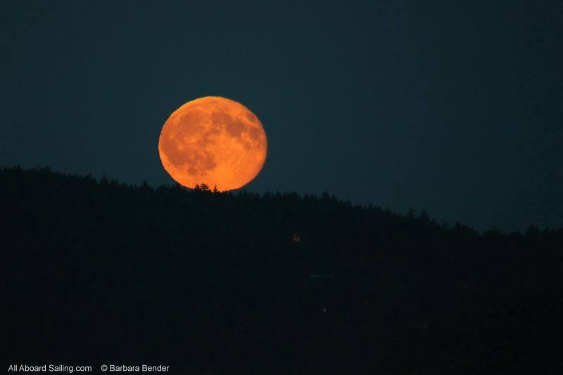 Blue Moon Rise - just moments after the sun set