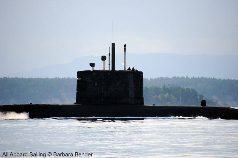 Canadian Submarine whale watching in Haro Strait - see the 2 folks on the top