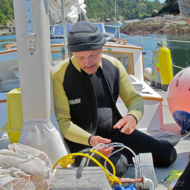 Dive Retrieval of VEMCO Fish Tag Receiver http://www.beamreach.org/2010/01/03/fish-detectors-san-juans — at Patos Island Light.