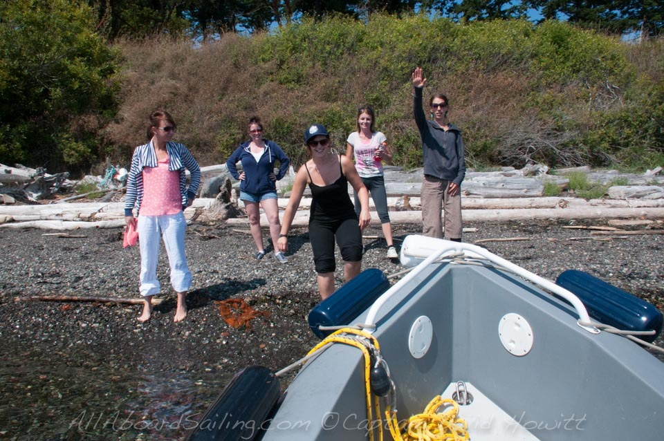 Sailing, anchoring and going ashore on Yellow Island in the San juans