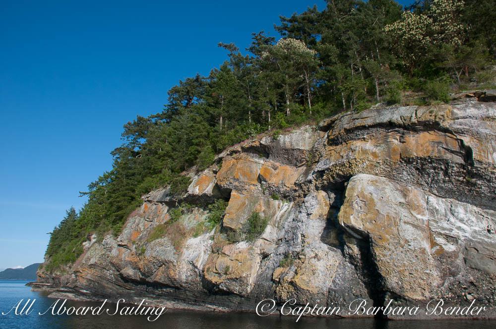 Love the geology - Flattop Island
