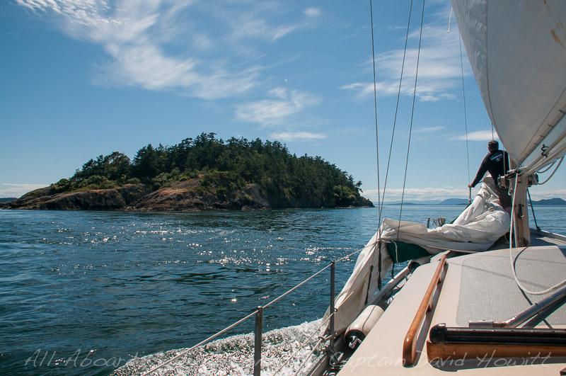 Sailing passed Skipjack Island