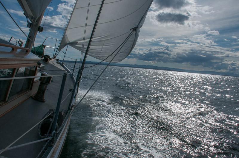Beam Reach sailing