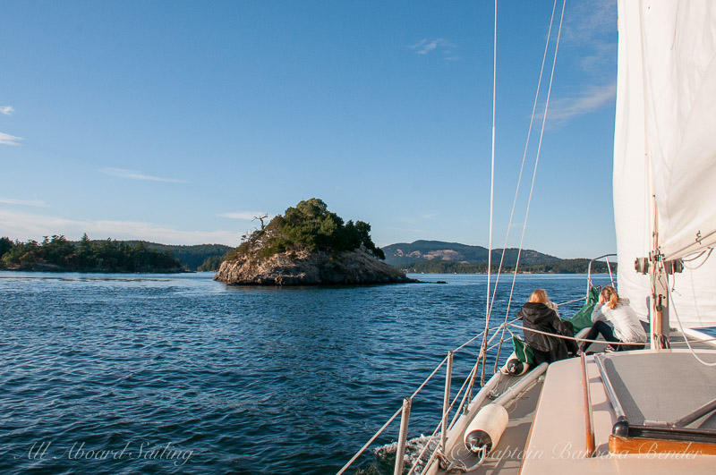 Sailing passed Nob island