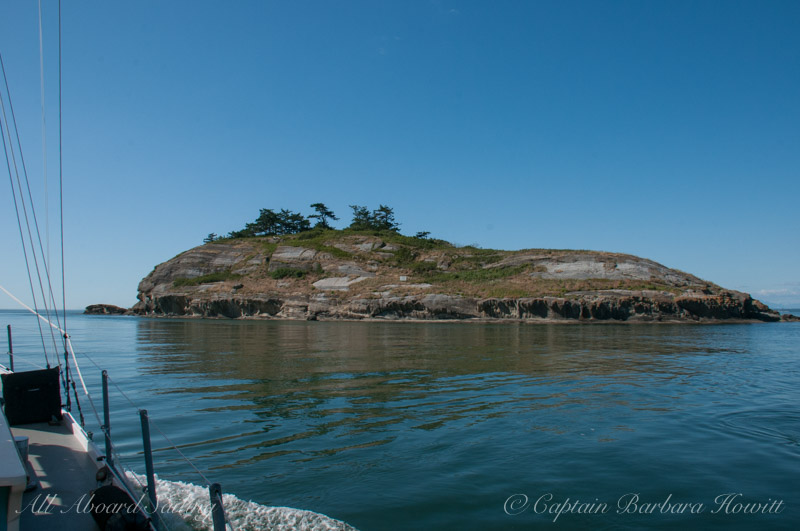 Sailing towards Puffin Island