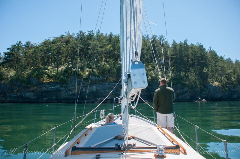 Sailing into Flattop Island