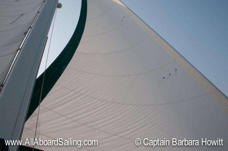 Sailing to Flattop Island