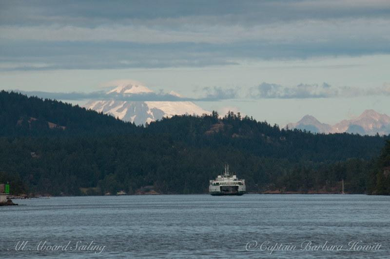 WA state ferry approaches Friday Harbor